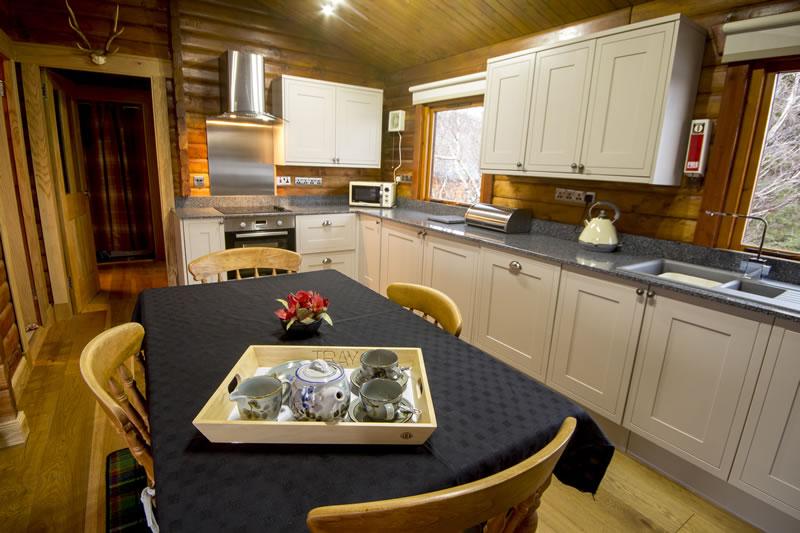 Muir Lan self-catering log cabin Kitchen