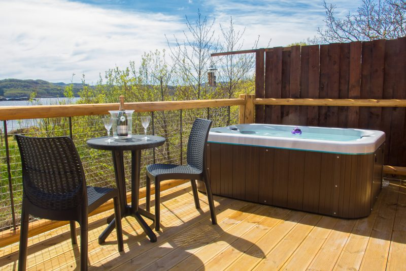 Luxury Glamping in the Mountview Pod with hot tub